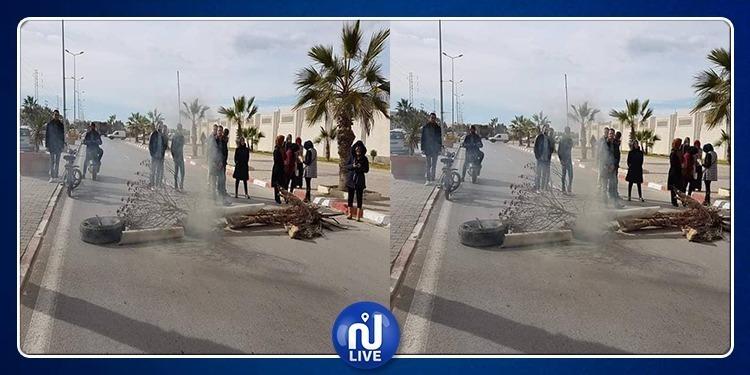 القيروان: إحتجاجات وقضايا مرفوعة والسبب 'تغيير مقر بلدية'
