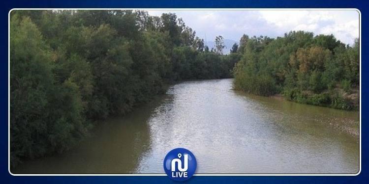 ارتفاع منسوب مياه وادي مجردة وأودية أخرى ودعوات لتوخي الحذر
