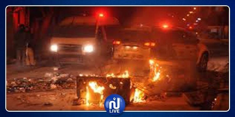 Tataouine : le véhicule d'un officier de la Douane incendié