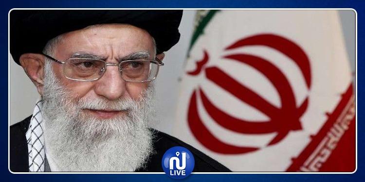 المرشد الأعلى الإيراني: ''بعض القادة الأمریكیين حمقى''
