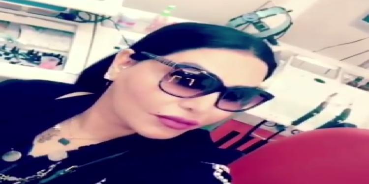 بعد وجنتيها وشفتيها: أحلام تجرى عملية تجميل لأنفها! (فيديو )