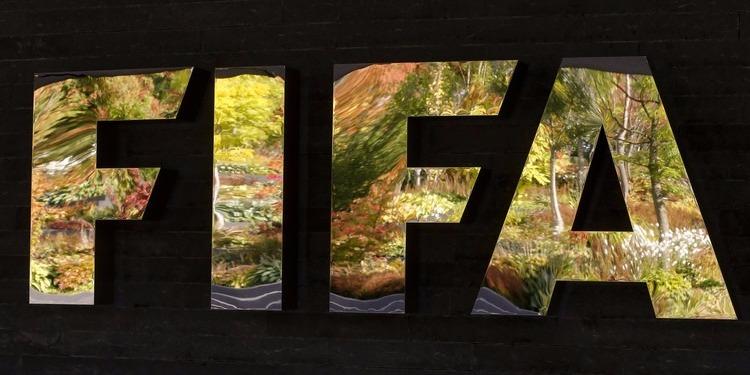 رسميا: الفيفا يهدد بتجميد الكرة المصرية