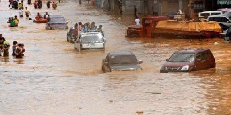 أندونيسيا: مقتل 19 شخصا جراء إعصار بجزيرة جاوة