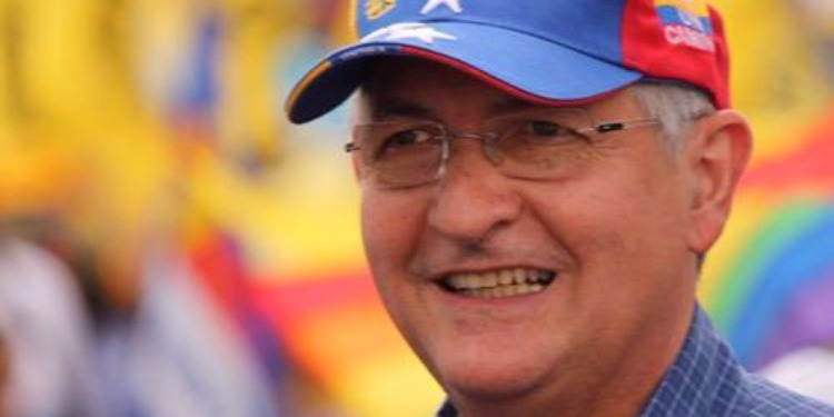 فينزويلا: زعيم المعارضة يهرب من الإقامة الجبرية نحو اسبانيا