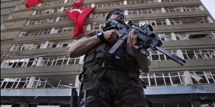 عاجل: هجوم مسلح على محكمة في إسطنبول