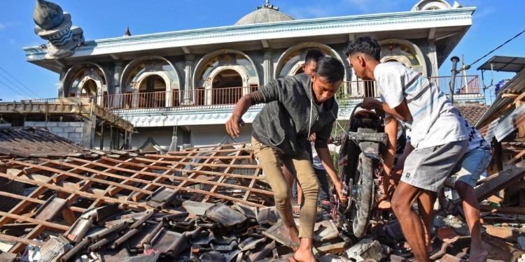 Indonésie : L'île des Célèbes frappée par un puissant séisme