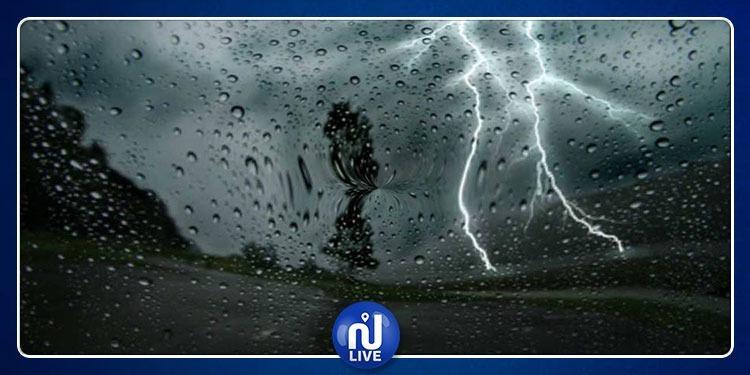 تواصل الاضطرابات الجوية مع نزول الأمطار بهذه المناطق