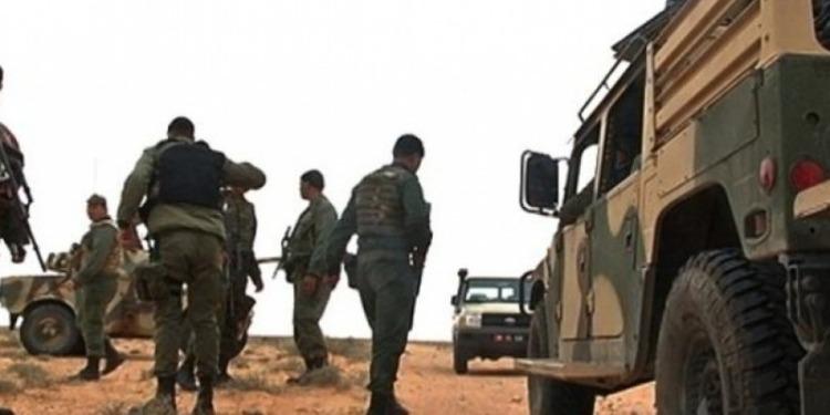 المنطقة الحدودية العازلة : إيقاف 3 أشخاص بحوزتهم سلاح