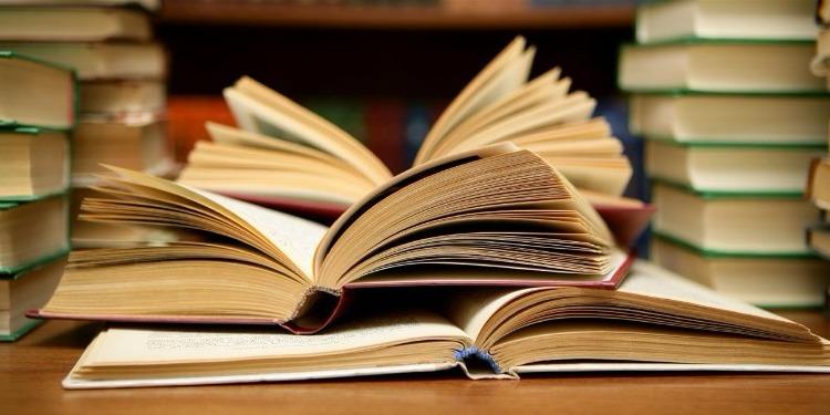 Don tunisien de livres au Sénégal