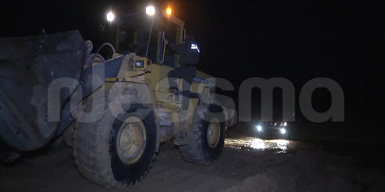 بعد الامطار بولاية مدنين : إغلاق بعض الطرقات وإنزلاق للحجارة من جبل في بني خداش (صور)