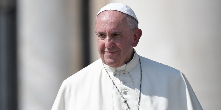 Le pape François: ''Associer le terrorisme à l'Islam est absurde''