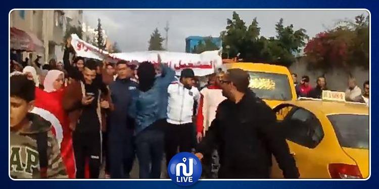 دوار هيشر: إحتجاجات شعبية ولقاء تفاوضي بمقر رئاسة الحكومة (فيديو)
