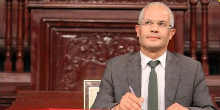 وزير الصحة يكشف أسباب إقالة الرئيس المدير العام للصيدلية المركزية