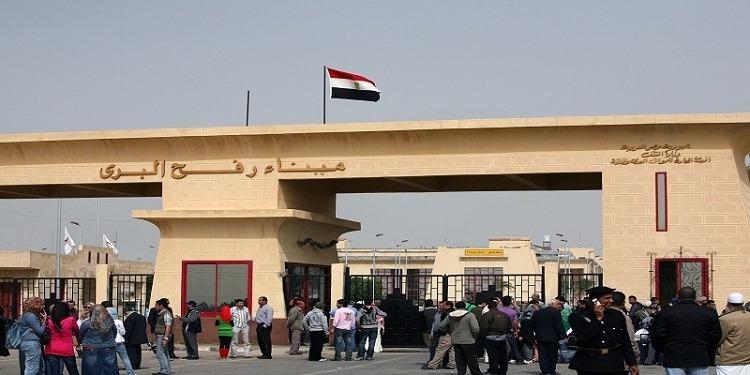 السلطات المصرية تفتح معبر رفح لمدة يومين