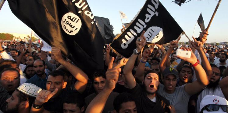 """خلايا """"داعش"""" موجودة في سرت بليبيا غير بعيدة على تونس"""