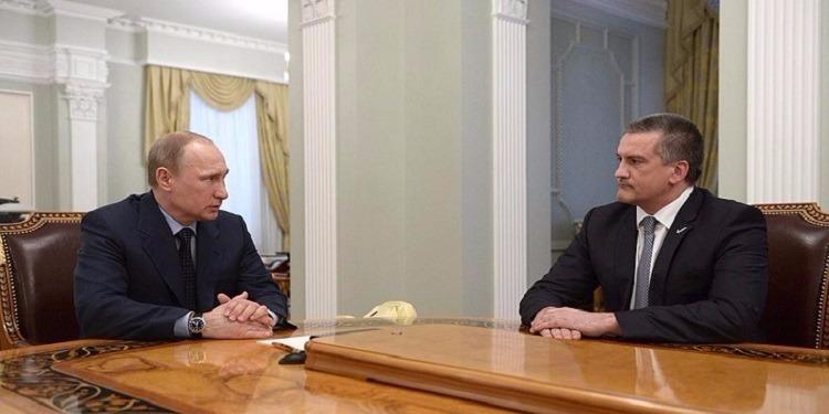 زعيم منطقة القرم: ''ينبغي أن يكون بوتين رئيسا مدى الحياة''