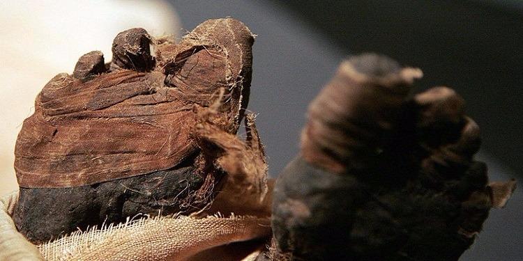 مصر:  اكتشاف 17 مومياء داخل سراديب