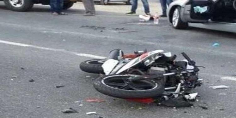غار الدماء: سيارة نقل بنزين مٌهرب تنهي حياة شابين على متن دراجة نارية