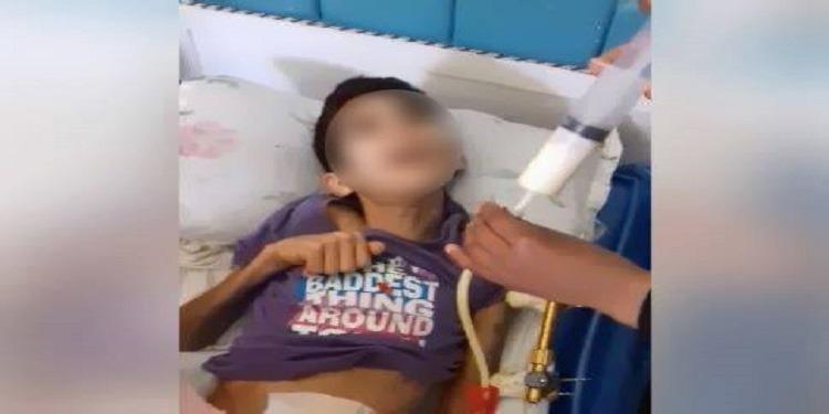 تعرّض إلى حادث شغل بمصنع...طفل الـ15 ''عاجز عن الحركة والنطق والمشغل تنصّل من المسؤولية'' (صور)