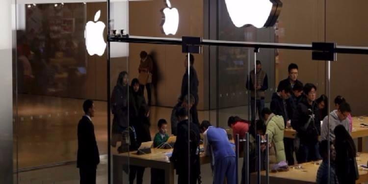 الصين: موظّفون في آبل يسرقون بيانات سرية للمستخدمين ويبيعونها بالملايين