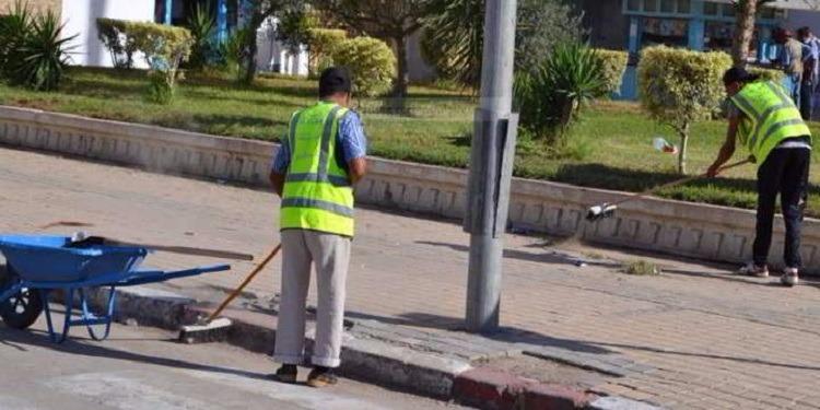عمال النظافة بباب العسل: لن نعود للعمل الا بعد اعتذار رسمي من وزير الداخلية