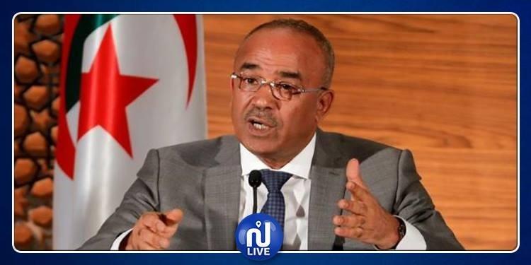 الجزائر: رئيس الوزراء يبدأ محادثات تشكيل حكومة جديدة