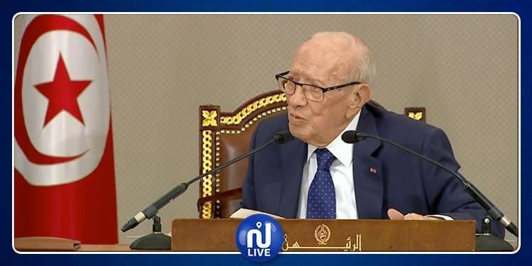رئيس الجمهورية: ''البلاد فوق الأحزاب والأحزاب فوق الأشخاص''