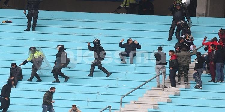 وزارة الداخلية تعلن إرتفاع عدد المصابين من قوات الأمن على خلفية أحداث الكلاسيكو