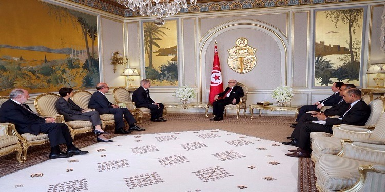 رئيس الجمهورية يستقبل وزير الشؤون الخارجية والتعاون الإسباني