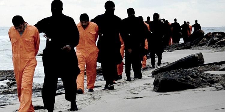 تفاصيل مروعة عن عملية ذبح الاقباط في سرت.. جنسيات تونسية ضمن منفذي العملية