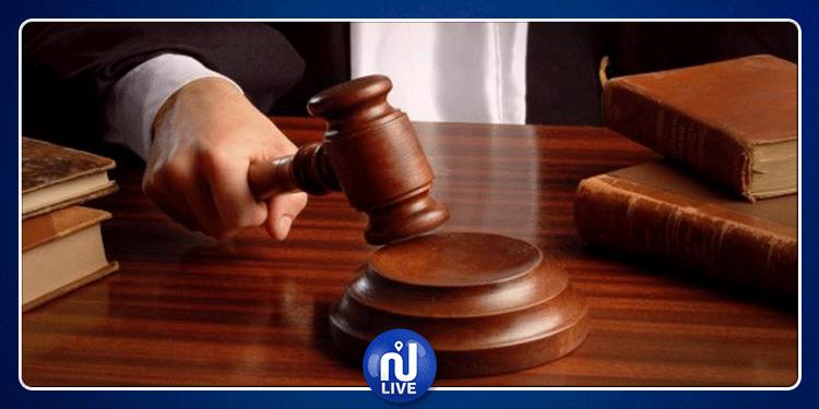 العاصمة: قاض يتأثر باكيا خلال محاكمة مسن مصاب بـ''الزهايمر''