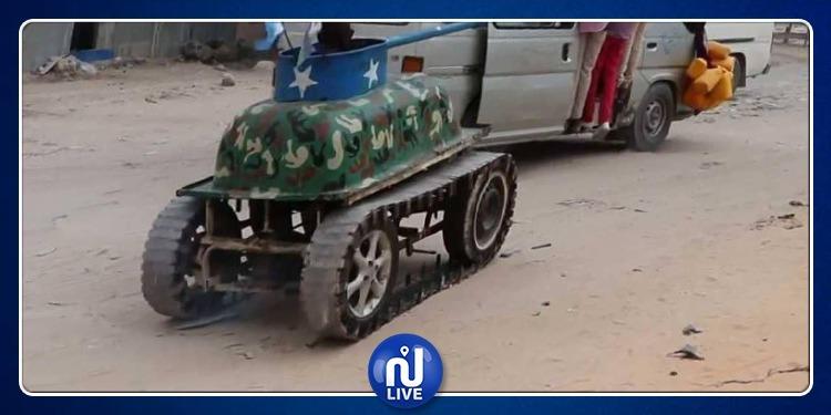 الصومال: شاب يصمم دبابة داخل ورشة ميكانيك ويصبح رمزا وطنيا (فيديو)