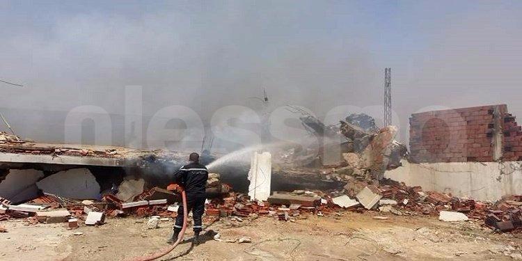 القيروان: تواصل عمليات إطفاء النيران فى معمل الفريب ووصول تعزيزات من الولايات المجاورة (صور)