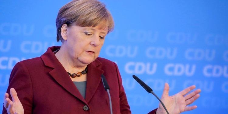 ميركل: الإسلام جزء من ألمانيا