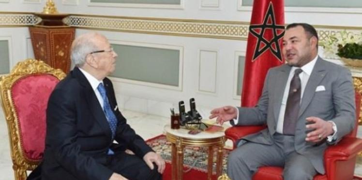 ملك المغرب يجري اتصالا هاتفيا مع الرئيس الباجي قائد السبسي إثر الاعتداء الإرهابي على عناصر من الأمن الرئاسي