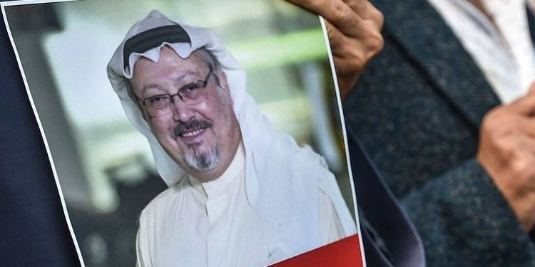 Un rassemblement en Turquie, après la disparition d'un journaliste saoudien