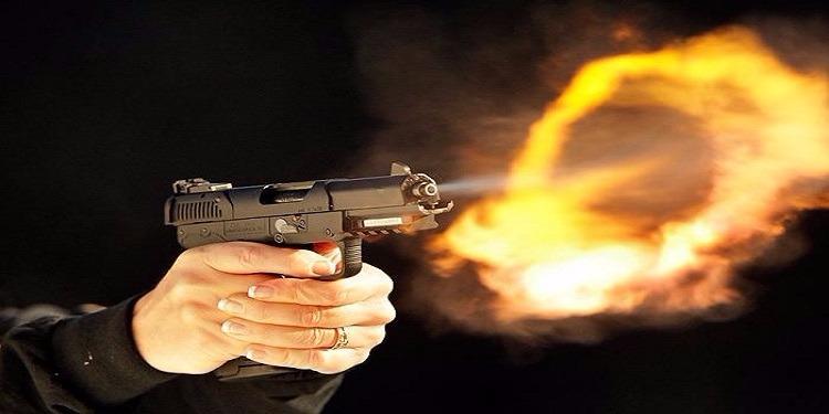 خلال حفل الزفاف...عم العريس يطلق النار على عدد من أقاربه!