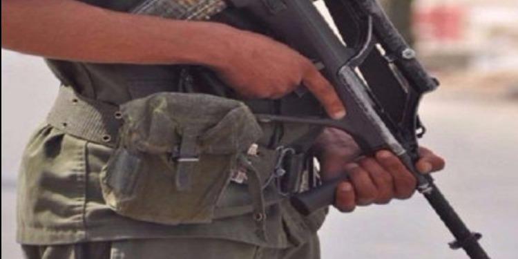 عسكري مكلف بحماية سفارة فرنسا بتونس يطلق خرطوشة في الهواء على وجه الخطإ