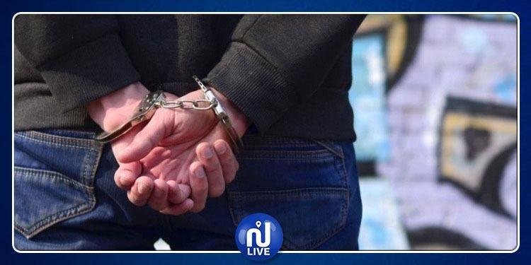 المروجات: القبض على منحرف خطير محكوم بـ 16 سنة سجنا