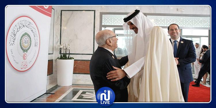 إثر مغادرته الفجئية للقمة: أمير قطر يرسل برقية لرئيس الجمهورية
