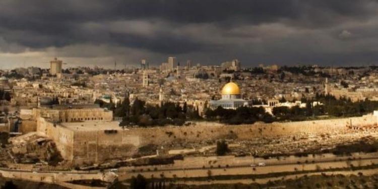 عملية طعن في القدس وإطلاق النار على المنفّذ