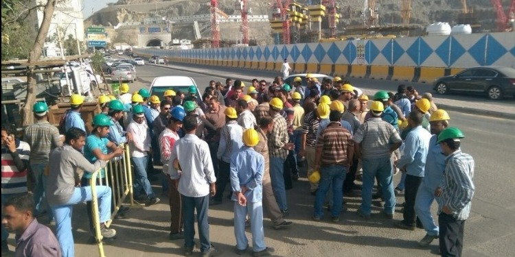 السعودية تستغني عن 94 ألف عامل أجنبي