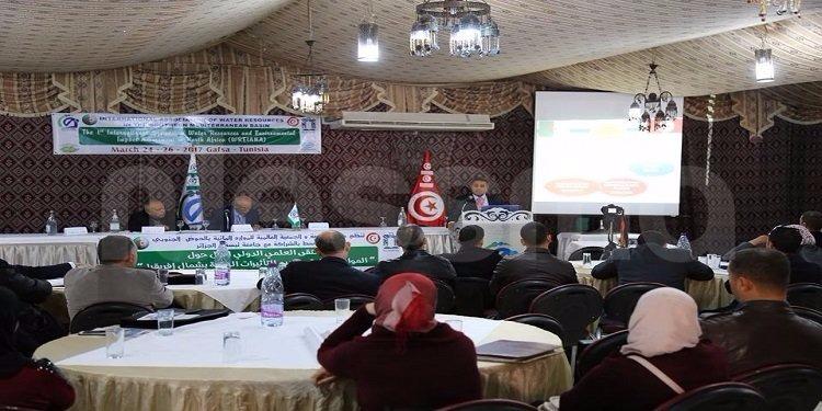 قفصة: إنطلاق الملتقى الدولي حول ''الموارد المائية وتقييم التأثيرات البيئية بشمال إفريقيا'' (صور)