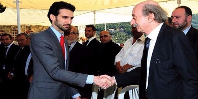 لبنان: جنبلاط يتنحى عن زعامة الدروز