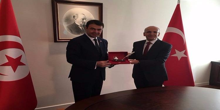 وزير الدّاخلية يلتقى نائب رئيس الوزراء التركي