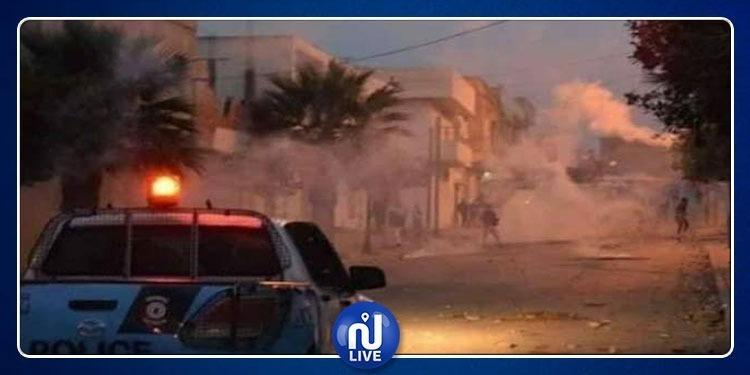 حرق عجلات ومواجهات مع الأمن.. ليلة ساخنة في فريانة