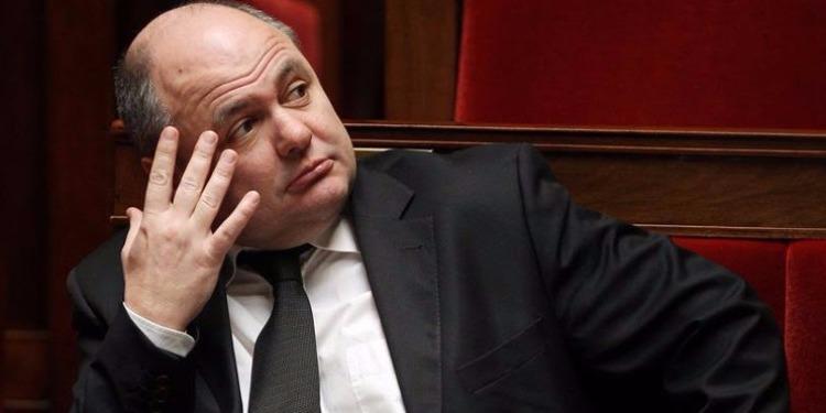 فرنسا: التحقيق مع وزير الداخلية بشأن توظيف إبنتيه في البرلمان