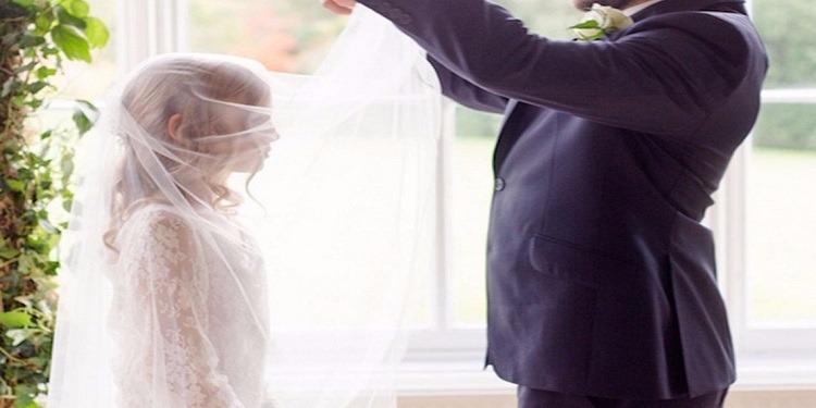 هبة شعبية لوقف زواج ستيني من قاصر