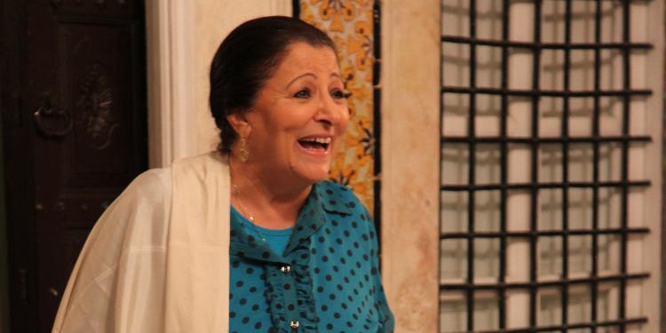السيدة منى نور الدين : حب الناس لنسيبتي العزيزة يسعدني كثيرا وهذه رسالتي الى بعض الاداريين غير المحترمين