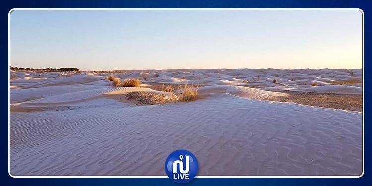 صحراء تطاوين تتزين بالثلج (صور)